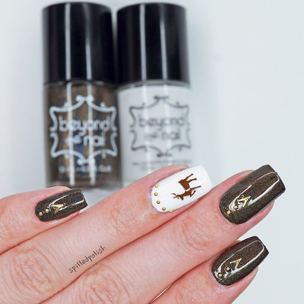 Brown and Gold Reindeer Nails