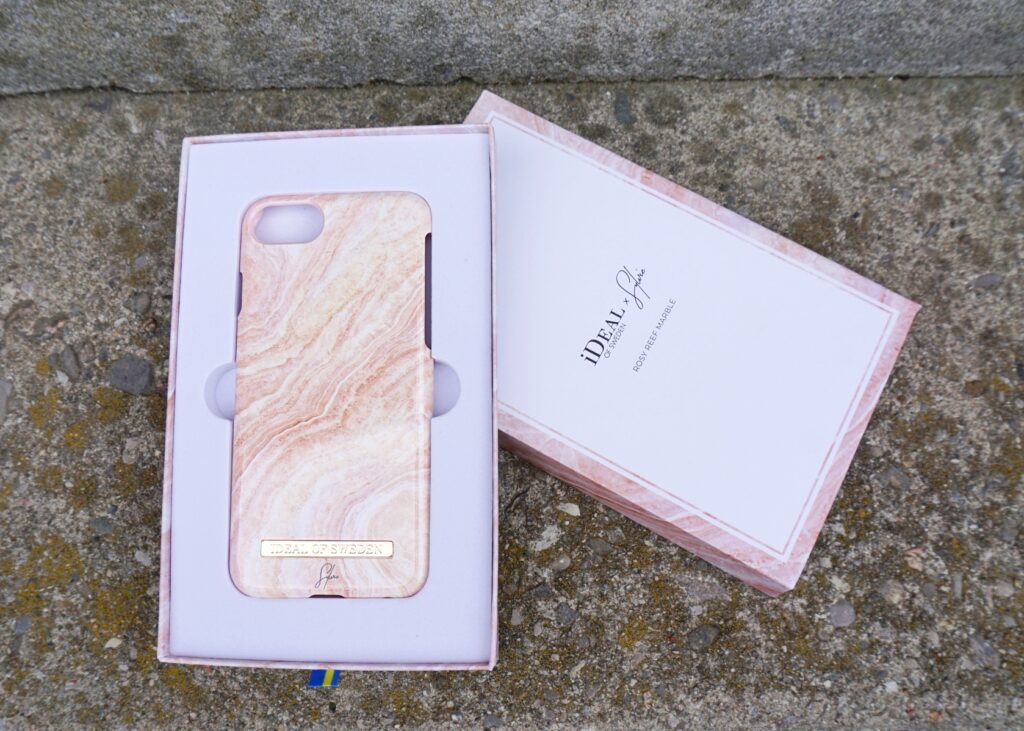iDeal of Sweden - Rosy Reef Marble Phone Case